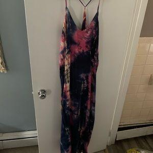 Love stitch tie dye dress nwt m/l maxi Vici